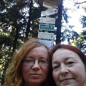 Alžběta Šlosarová na vrcholu Čertův mlýn (26.10.2019 10:08)