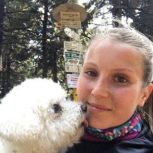 Natálie Cváčková na vrcholu Čertův mlýn (18.4.2018 11:08)