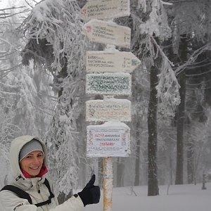 Aneta Gabzdylová na vrcholu Čertův mlýn (7.2.2020 11:21)
