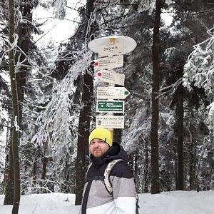 Petr Borovský na vrcholu Čertův mlýn (7.2.2021 13:12)