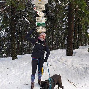 Nikola Vargová na vrcholu Čertův mlýn (21.2.2021 14:30)