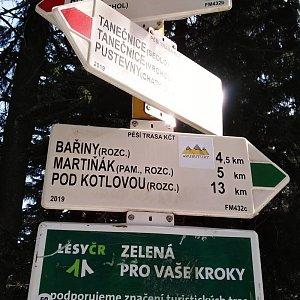 Gabriela Sikorová na vrcholu Čertův mlýn (23.2.2021 11:20)