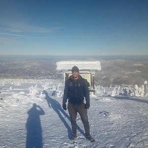 Bartek_na_cestach na vrcholu Góra Pięciu Kopców (18.1.2021 13:03)