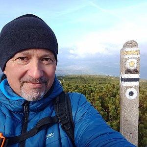 Merkys na vrcholu Góra Pięciu Kopców (16.10.2021 13:05)