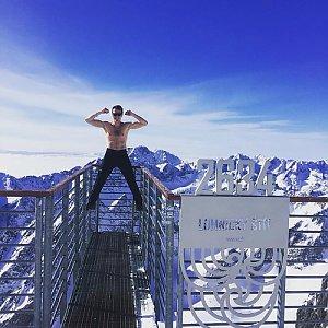 Ondřej Sládek na vrcholu Lomnický štít (22.2.2018 10:58)
