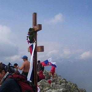 Daniel Orgoník na vrcholu Kriváň (14.8.2020 6:05)