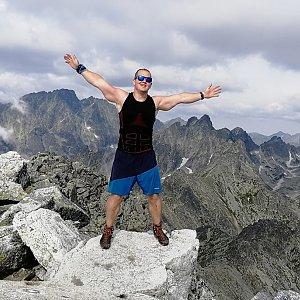 Buri na vrcholu Slavkovský štít (24.7.2020 10:20)