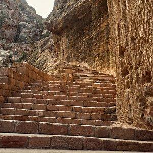 """Zdeněk """"DrakMrak"""" na vrcholu Jebel Khabtha (18.11.2019 8:36)"""
