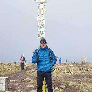 Tomáš Mucha na vrcholu Králický Sněžník (16.10.2021 12:45)