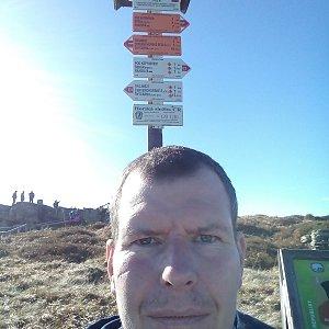 Michal Krčmář na vrcholu Keprník (20.10.2019 14:25)