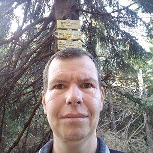 Michal Krčmář na vrcholu Travný (26.10.2019 9:51)