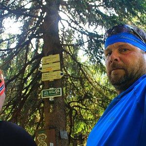 Martin a Jana Halamíčkovi na vrcholu Travný (5.5.2018 12:57)