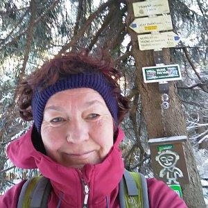 Anna na vrcholu Travný (12.1.2020 11:50)