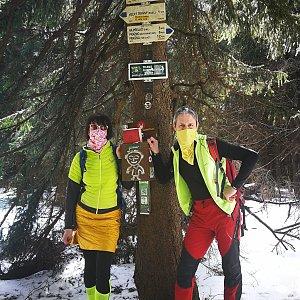 Petra Kosarkova na vrcholu Travný (4.4.2020 12:05)