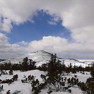 Petra S. na vrcholu Svorová hora (25.4.2021 12:20)