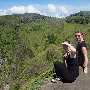 Any Vališová na vrcholu Mount Batur (Gunung Batur) (25.2.2019 17:51)