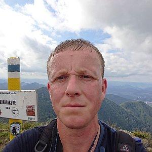 Lukáš Žídek na vrcholu Kraviarske (13.9.2019 14:06)