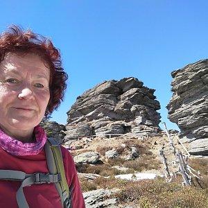 Anna na vrcholu Vozka (10.4.2020 12:31)