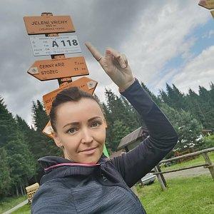 Michelle Sýkorová na vrcholu Jelenský vrch (3.7.2021 13:48)
