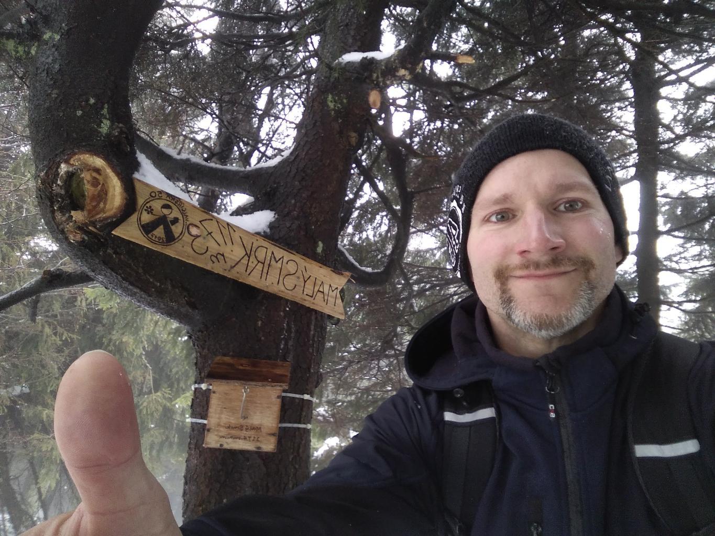 Petr Bartoň na vrcholu Malý Smrk (29.3.2018 11:10)
