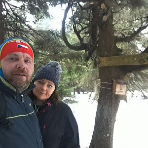 Martin a Jana Halamíčkovi na vrcholu Malý Smrk (11.1.2020 13:19)