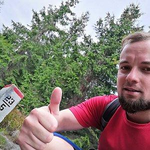 Jan Zamarski na vrcholu Kyčera / Kiczory - Z (7.9.2021 10:05)