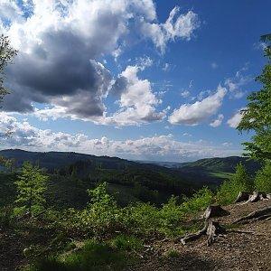 ŠenovKK na vrcholu Na Stašku SV vrchol (22.5.2021 17:03)