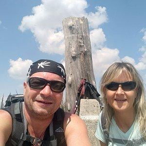 Jiří a Iveta na vrcholu Magura (24.7.2021 12:22)