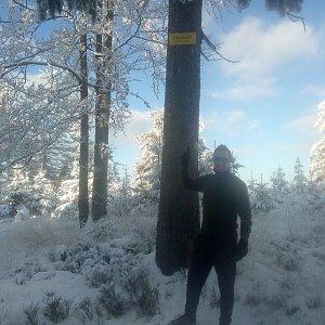 Bartek_na_cestach na vrcholu Trzy kopce (10.1.2021 13:06)