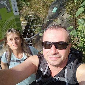Jiří a Iveta na vrcholu Jaskinia Malinowska (4.9.2021 12:29)