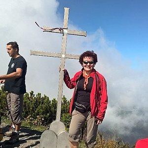 Anna na vrcholu Suchý (15.9.2018 7:35)