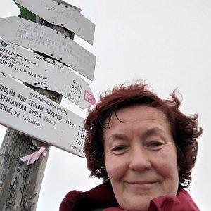 Anna na vrcholu Chabenec (1.6.2019 18:25)