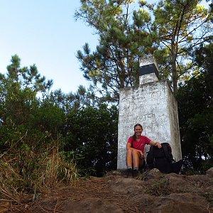Iveta Válová na vrcholu Penha de Águia (10.9.2021 8:15)