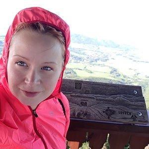 Su Mischelle na vrcholu Veľký Javorník (15.9.2019 22:08)