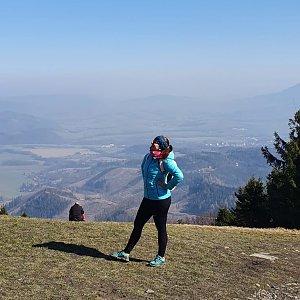 Vendula Martiníková na vrcholu Veľký Javorník (28.3.2020 11:20)