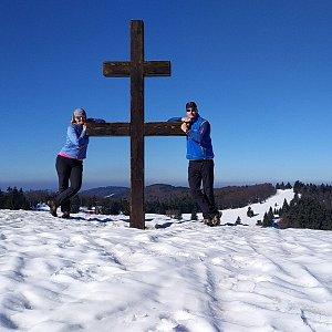 I+L Rajnochovi na vrcholu Veľký Javorník (23.3.2019 9:17)