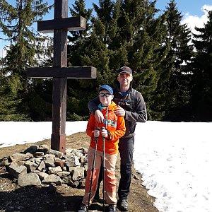 Pavel Skřičík na vrcholu Veľký Javorník (7.4.2019 11:33)