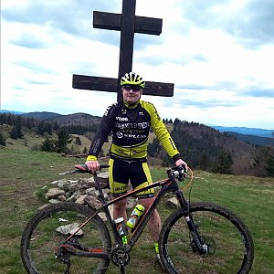 Vítězslav Vrána na vrcholu Veľký Javorník (11.5.2019 14:38)