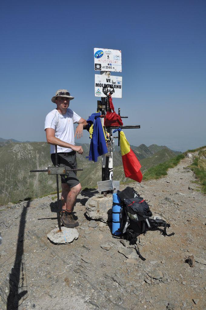 koc256 na vrcholu Moldoveanu (5.7.2012)