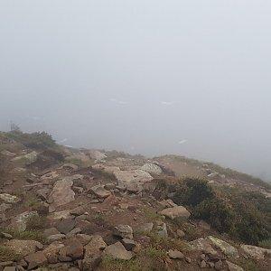 michal čech na vrcholu Hoverla (22.5.2019 4:59)