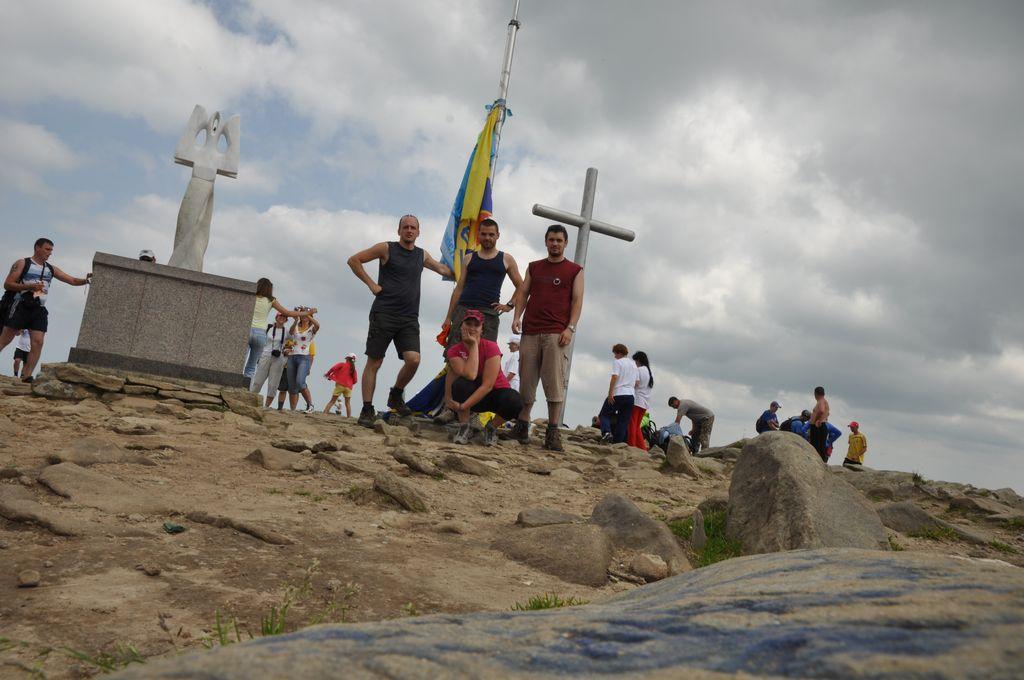 koc256 na vrcholu Hoverla (15.7.2011)