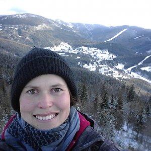 Iveta Válová na vrcholu Harrachova skála (3.12.2019 10:41)