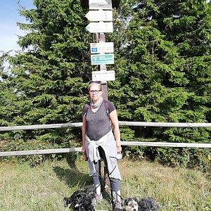 Blanka Holleschová na vrcholu Radhošť (10.8.2019 9:43)