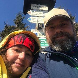 Marcela Motlochová na vrcholu Radhošť (6.4.2020 13:04)