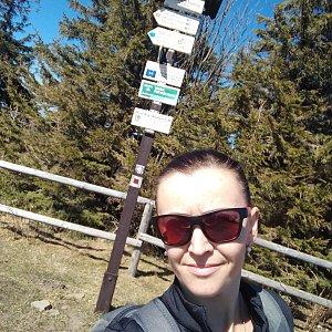 Michelle Sýkorová na vrcholu Radhošť (8.4.2020 12:44)