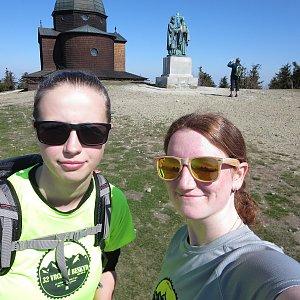 V+V Soklíci na vrcholu Radhošť (19.4.2019 9:49)