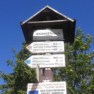 ŠenovKK na vrcholu Radhošť (11.6.2019 10:11)