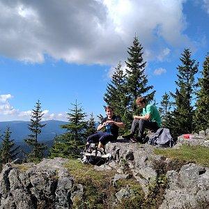 Smoula na vrcholu Medvědí vrch - JV vrchol (3.9.2020 10:30)