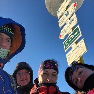 Kateřina Turčeková na vrcholu Smrk - J vrchol (21.2.2021 15:30)
