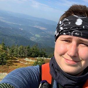 Krystyna Nitkova na vrcholu Pecný (26.9.2021 11:37)